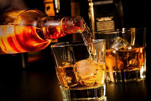 おすすめ,人気ランキング,シングルモルトスコッチウイスキー,初心者,飲みやすい,飲み方,グラス,ロック,美味しい