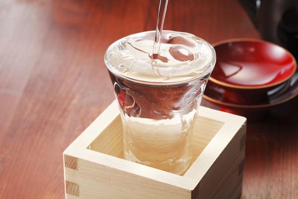 日本酒,おすすめ,人気ランキング,美味しい,飲み方,種類,全国,銘酒,有名銘柄,代表銘柄,大吟醸