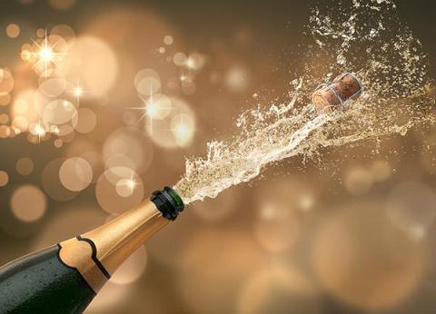 シャンパン,おすすめ,銘柄,有名,代表銘柄,人気ランキング,美味しい,格安,高級,グラス,飲み方,シャンパーニュ