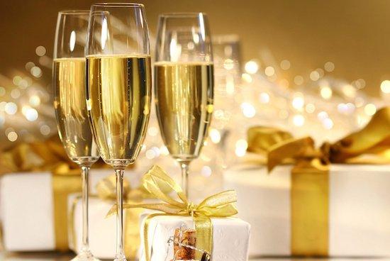 おすすめシャンパン,有名,代表銘柄,人気ランキング,美味しい,格安,高級,グラス,飲み方,シャンパーニュ