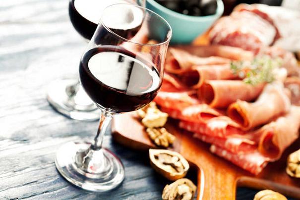 酒のおつまみ,酒の肴,おすすめ,人気,美味しい,マリアージュ,ワイン,ウイスキー,シャンパン,合うつまみ