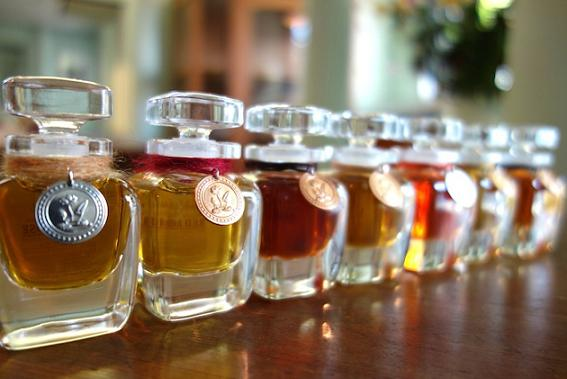 おすすめ,香水,フレグランス,いい香り,大人っぽい,モテる,女受け,人気ランキング,セクシー,男の色気,イケメン,カッコイイ