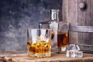 おすすめ,バーボン,ウイスキー,美味しい,安い,飲みやすい,飲み方,銘柄一覧,メーカーズマーク,まずい,旨い,ジムビーム