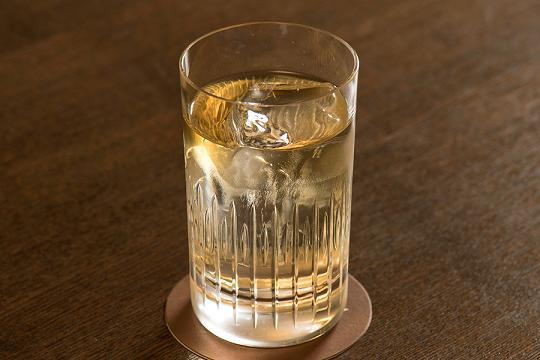 ブレンデッドスコッチウイスキ-,おすすめ,銘柄一覧,人気ランキング,飲み方,美味しい,まずい,ロック,水割り